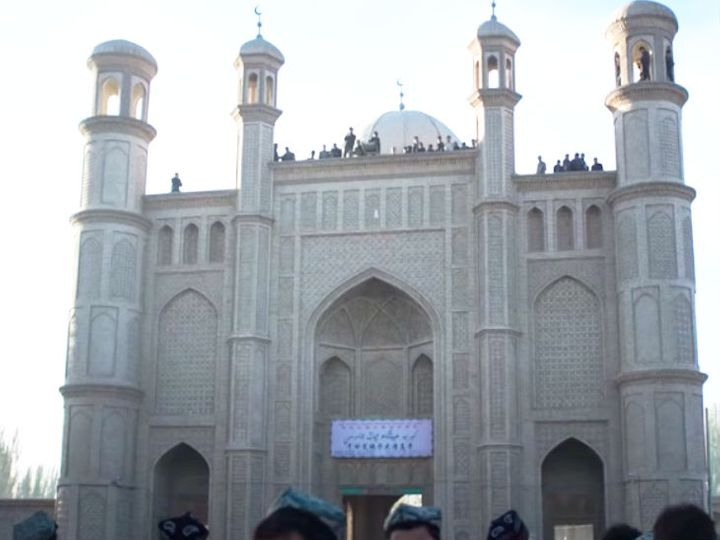 China demolished a mosque and built a public toilet In Xinjiang