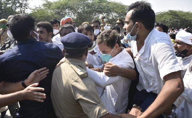 """Police in Uttar Pradesh did not push Rahul Gandhi, he collapsed due to mob"""